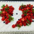 ウエディングケーキ 1、生デコいちごの画像1